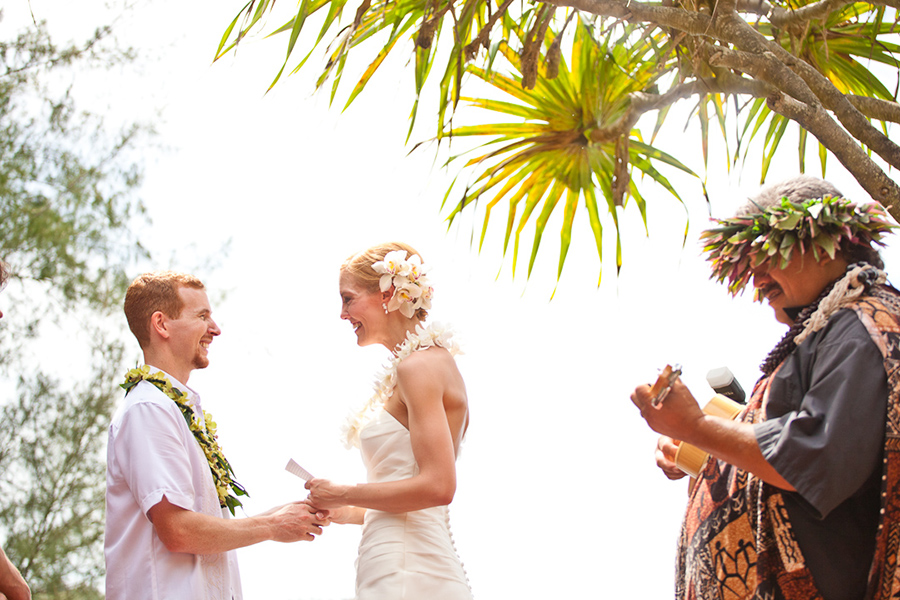 Ukelele player  :: Hawaii Wedding Photography by infusedstudios.ca