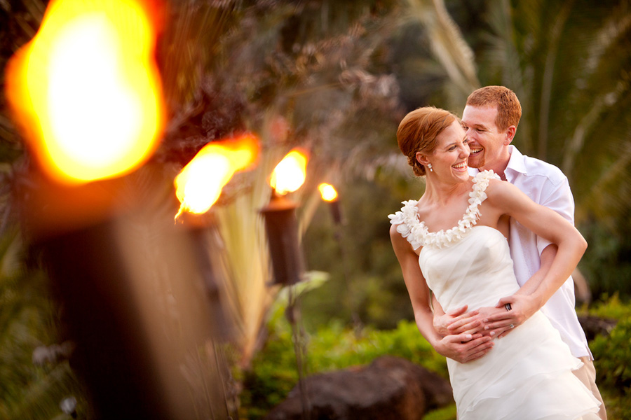 Tiki torches :: Hawaii Wedding Photography by infusedstudios.ca