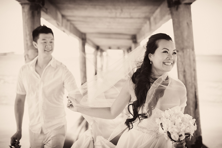 Sepia toned bridal portrait :: Destination Wedding Photography