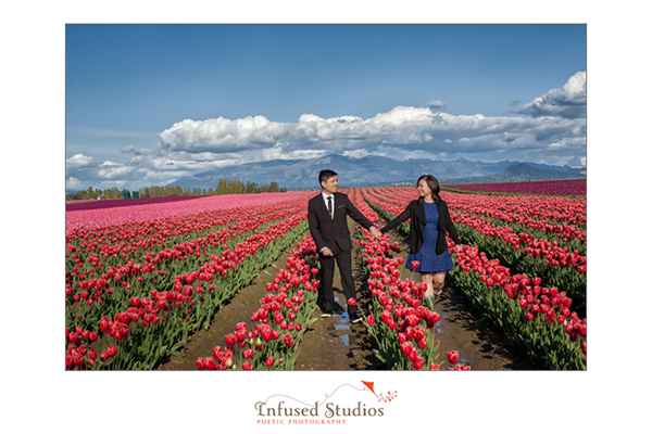 Seattle Tulip engagement photo