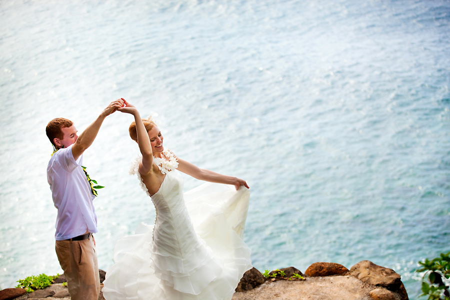 Dancing by the ocean :: Hawaii Wedding Photography by infusedstudios.ca