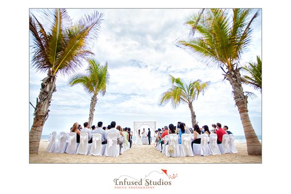 Beach destination wedding, Mexico