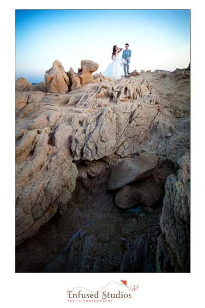 Bridal photography on the rocks