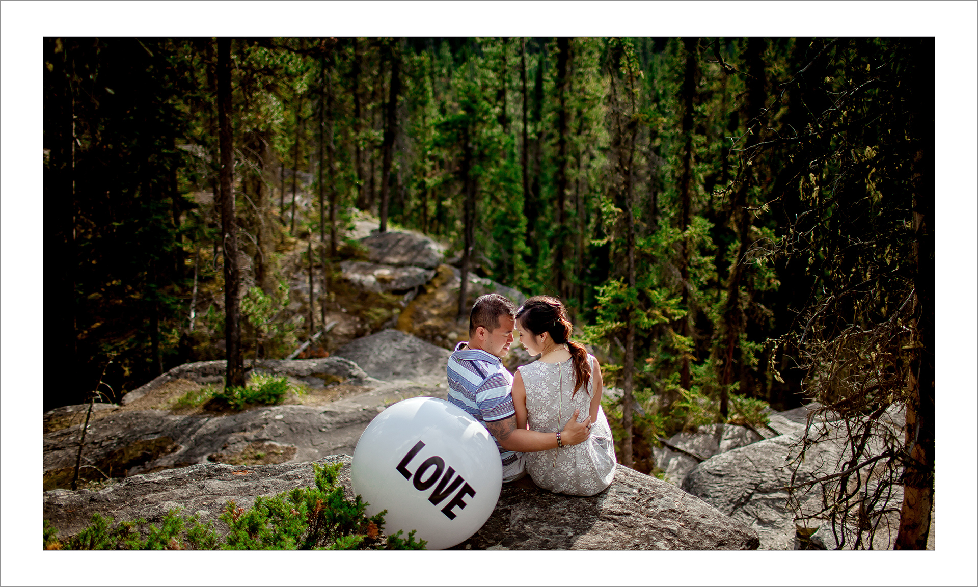 Award winning engagement photography album :: pg 13