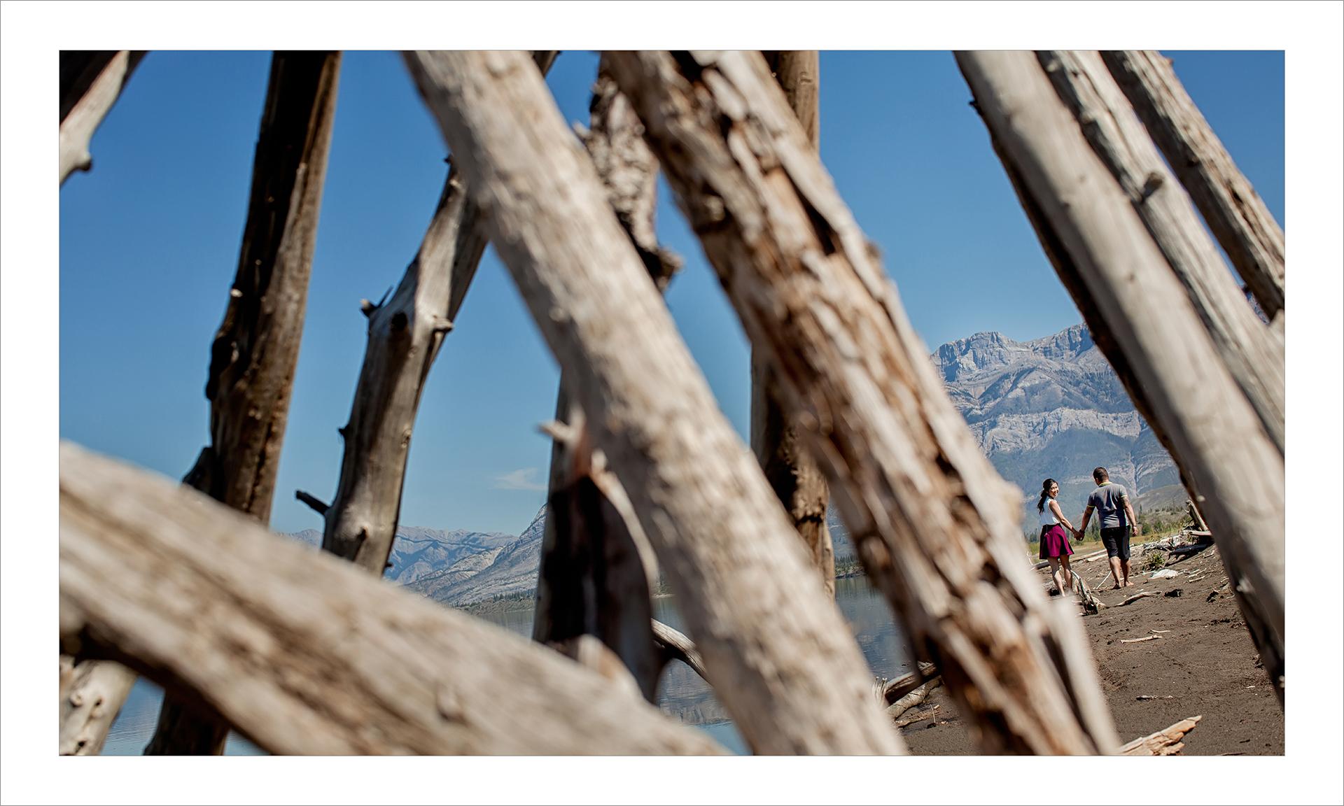 Award winning engagement photography album :: pgs 3-4