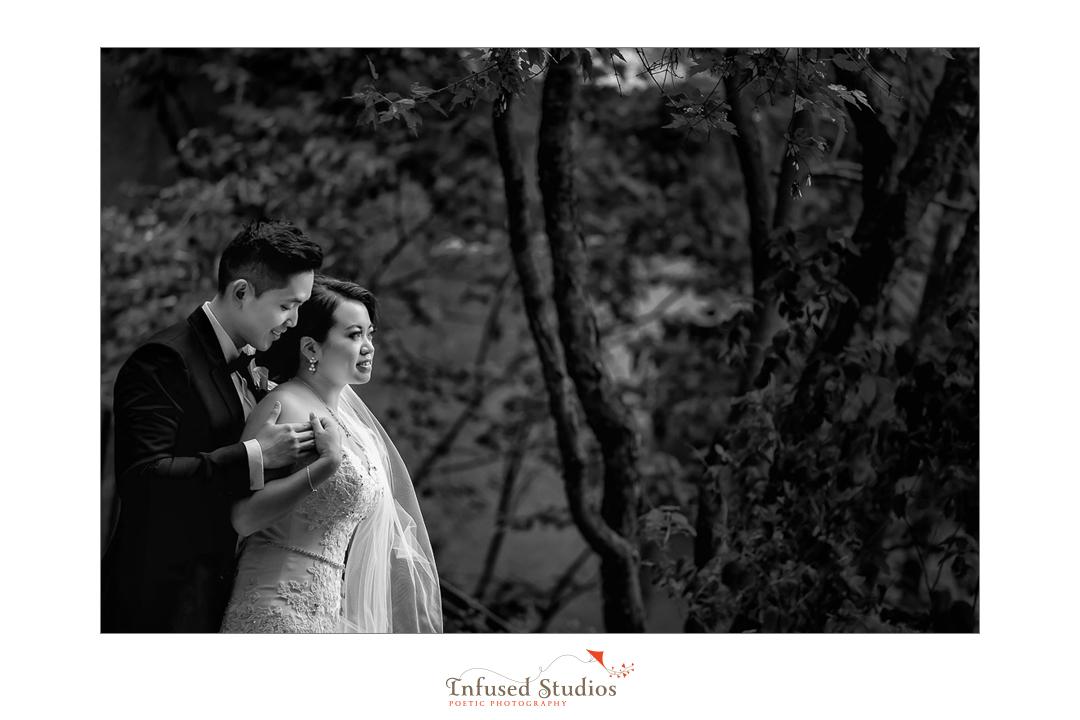 Best Edmonton Wedding Photographers :: Helen + Philip's bridal portraits