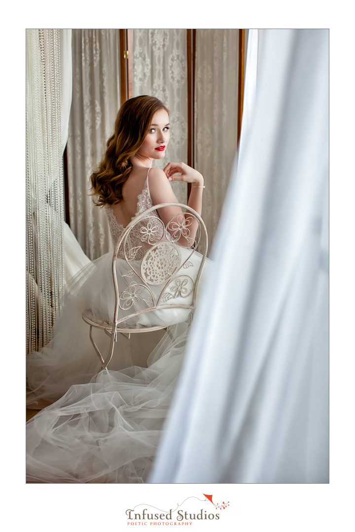 Paris inspired styled wedding shoot by Edmonton wedding photographers :: best bridal portrait